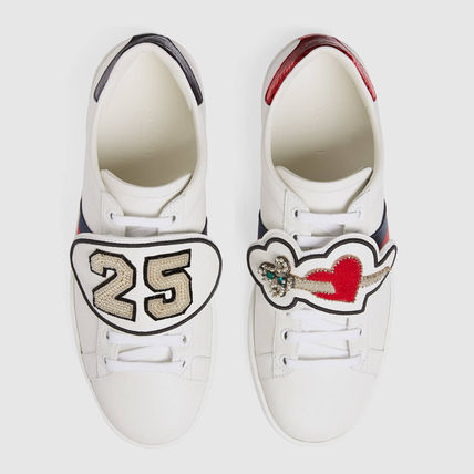 GUCCI [ACE] removable leather patch with sneakers