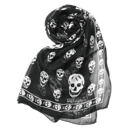 Scarf black white