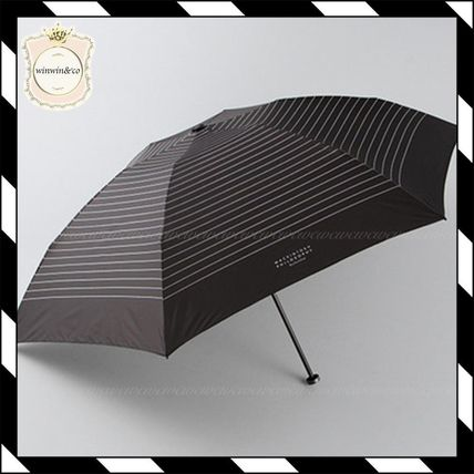 Lightweight stipes mini umbrella black