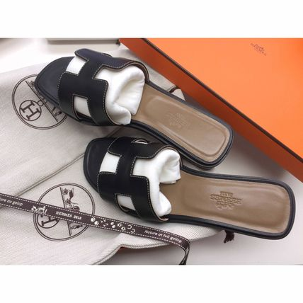 HERMES More Sandals Open Toe Leather Sandals 2