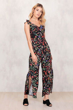 Flower Patterns Sleeveless V-Neck Long Dresses