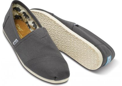 Plain Logo Loafers & Slip-ons