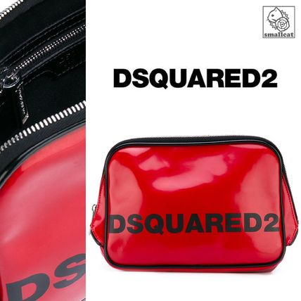 In the models gift dsquared2 logo travel Pouch