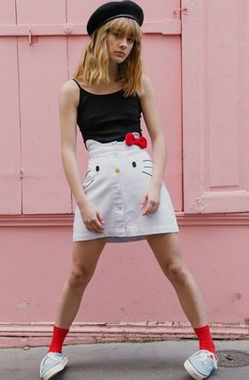 Pencil Skirts Tropical Patterns Street Style Collaboration