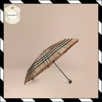 Burberry Umbrellas & Rain Goods