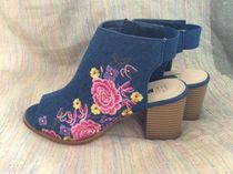 Primark Flower Patterns Open Toe Block Heels Elegant Style