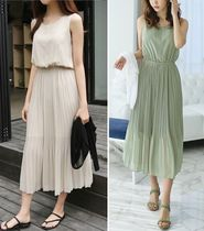 Chiffon Sleeveless Flared U-Neck Plain Long Elegant Style