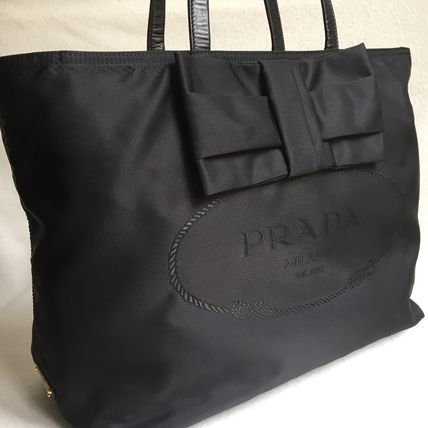 With ribbon tote 1 BG 052 NERO yes