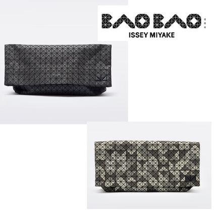 BAOBAO clutch bag with sporty appeal