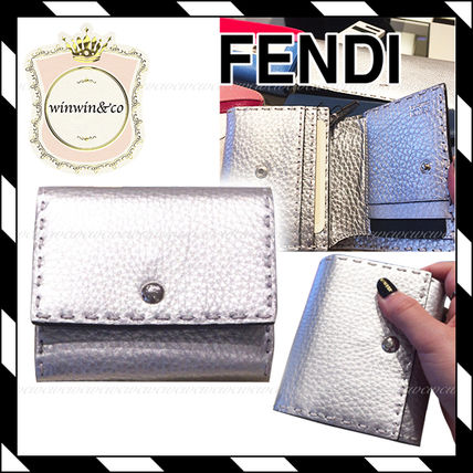 FENDI SELLERIA Plain Leather Folding Wallet Folding Wallets