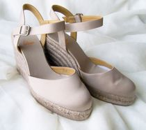 Castaner Round Toe Plain Platform & Wedge Sandals