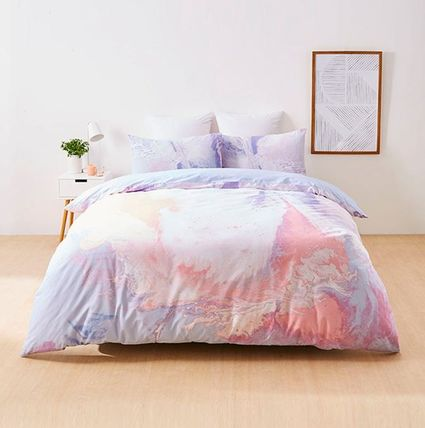The target softer pastel colors marble Gelati quilt set