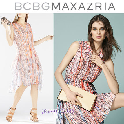 Very GOOD SALE BCBGMAXAZRIA Liya silk cocktail dress