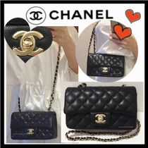 CHANEL MATELASSE Calfskin Chain Plain Elegant Style Crossbody Shoulder Bags