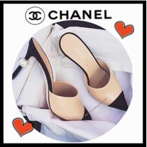 CHANEL ICON Suede Blended Fabrics Bi-color Plain Pin Heels Elegant Style