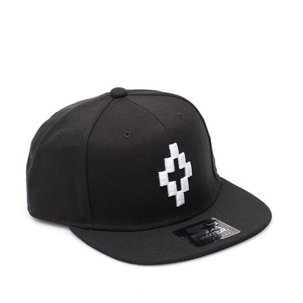 Is now shipping Marcelo Brown popular logo Cap Hat black