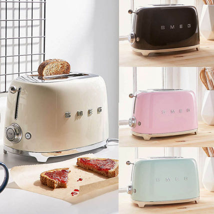 Smeg popular retro design toasters