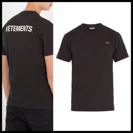 VETEMENTS T-Shirts
