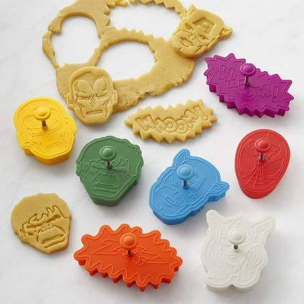 Williams-Sonoma Marvel character cookie cutter set