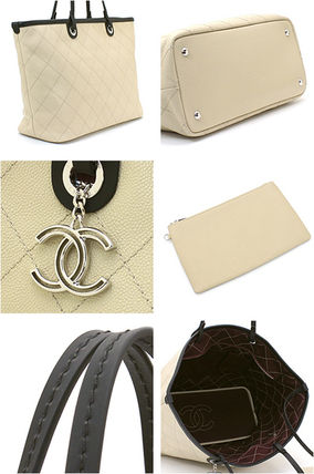CHANEL Totes A4 Plain Leather Elegant Style Totes 2
