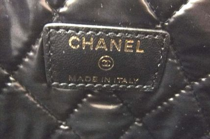 CHANEL Clutches Lambskin Bag in Bag Elegant Style Clutches 6