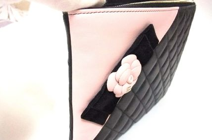 CHANEL Clutches Lambskin Bag in Bag Elegant Style Clutches 7