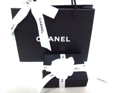 CHANEL Clutches Lambskin Bag in Bag Elegant Style Clutches 9