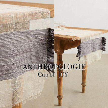 Table linen Flowing Fringe Table Runner