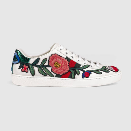 GUCCI Flower Patterns Round Toe Casual Style Leather