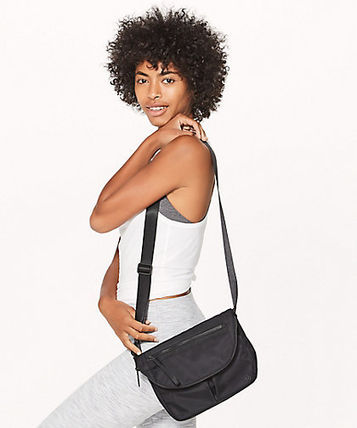 Lululemon Handbags 4 2