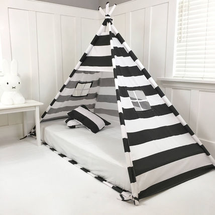 Double size bed canopy canopy hideaway black and white