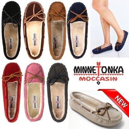 Minnetonka Moccasin Round Toe Casual Style Suede Blended Fabrics Plain