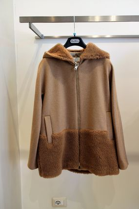 PANDORO MAX MARA camel coat shaggy hood and hem