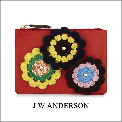 Leather Pouches & Cosmetic Bags