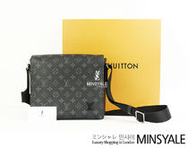 Louis Vuitton District PM [London department store new item]