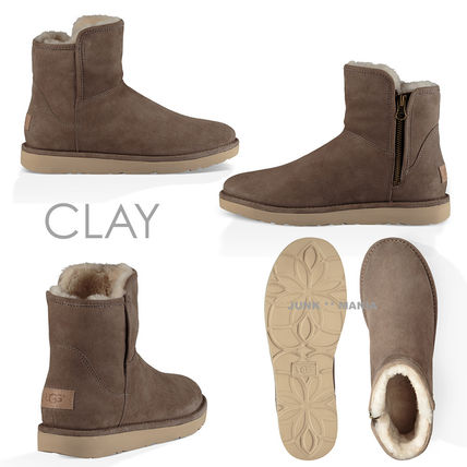 UGG Australia Ankle & Booties Plain Toe Casual Style Sheepskin Plain Ankle & Booties Boots 5