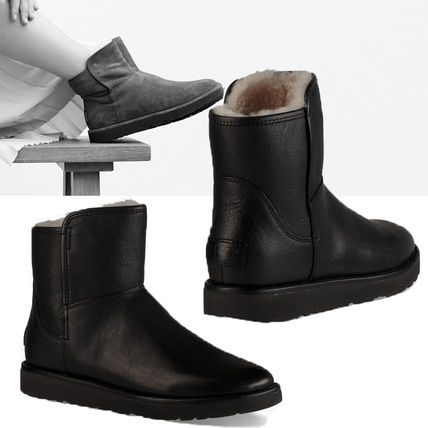 UGG Australia Ankle & Booties Plain Leather Ankle & Booties Boots