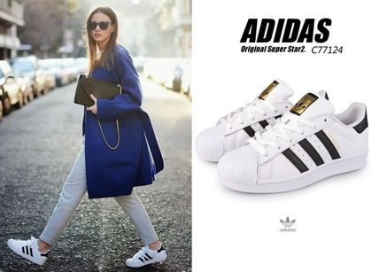 new products 5d0a6 cce79 ... adidas Low-Top Casual Style Unisex Leather Low-Top Sneakers ...