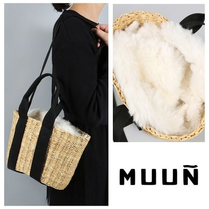MUUN Casual Style Faux Fur Blended Fabrics 2WAY Plain Straw Bags