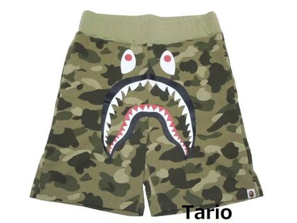 A BATHING APE COLOR CAMO SHARK SWEAT SHORTS  Size Medium