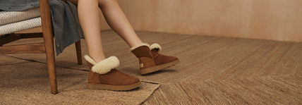 UGG Australia Ankle & Booties Round Toe Rubber Sole Casual Style Sheepskin Plain 9