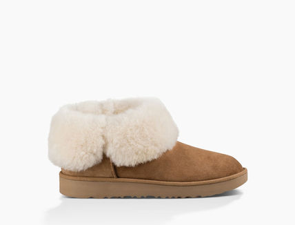 UGG Australia Ankle & Booties Round Toe Rubber Sole Casual Style Sheepskin Plain 10