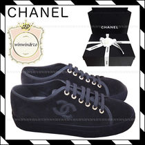 CHANEL Casual Style Velvet Low-Top Sneakers