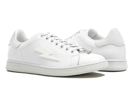 Plain Toe Leather Sneakers