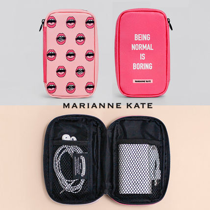 Marianne kate Street Style Travel Accessories