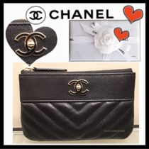 CHANEL MADEMOISELLE Unisex Plain Leather Pouches & Cosmetic Bags