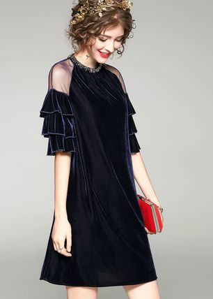 Short A-line Velvet Plain Puff Sleeves Dresses