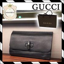 GUCCI Plain Clutches