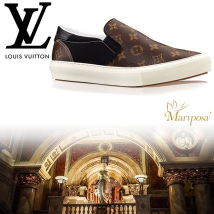 Louis Vuitton MONOGRAM Leather Loafers & Slip-ons