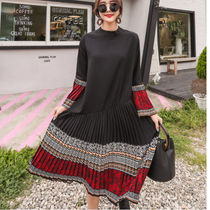 Paisley Flared Long High-Neck Elegant Style Puff Sleeves